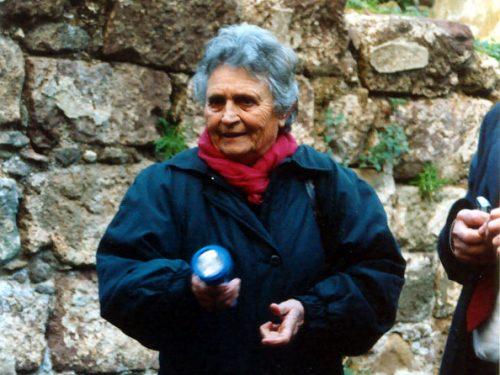 Il lungo viaggio di Madeleine/Ritratto di un'archeologa francese innamorata delle Isole Eolie