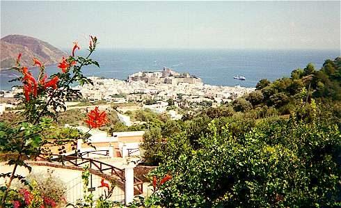 Santa Marina Salina, l'arcobaleno abita qui