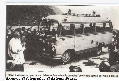 Accadde alle Eolie, la prima automobile e il primo autobus sbarcati a Malfa
